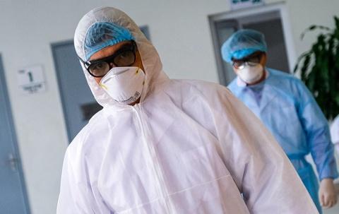 Bệnh nhân Covid-19 số 278 bị viêm phổi, suy hô hấp